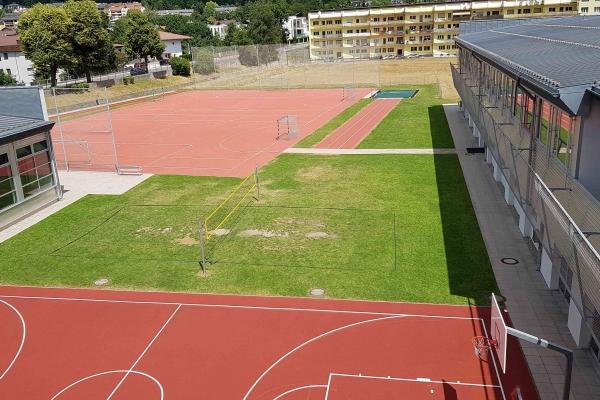 sportplatz284182B05-E121-2918-C916-F297457CD262.jpg